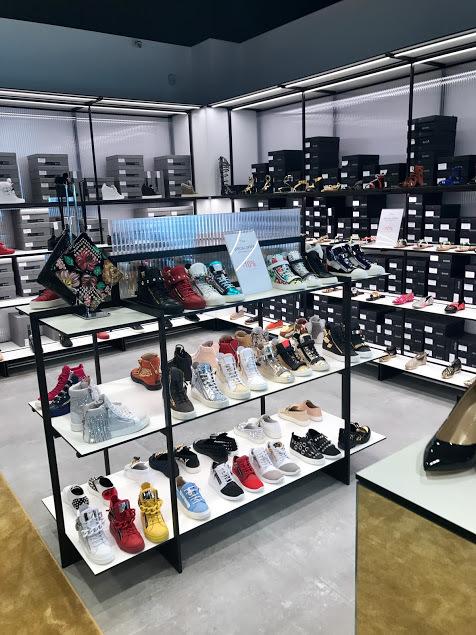 Outlet in Romagna? 22 outlet d\'abbigliamento (e scarpe)